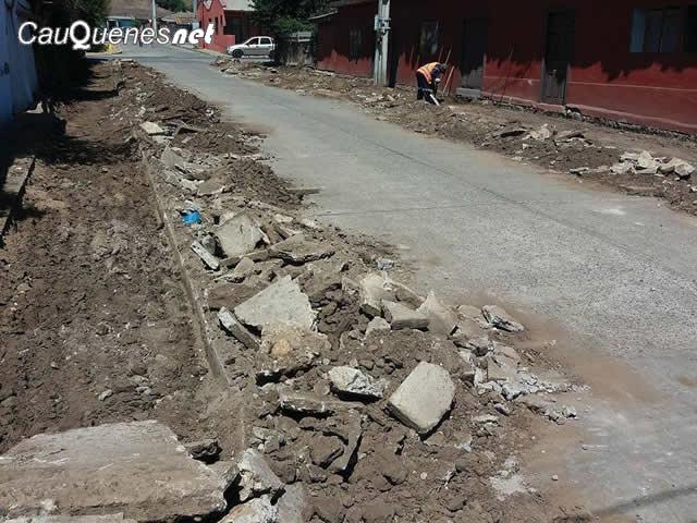 chanco-mejoran-veredas-calle-enrique-gonzalez-01-cqnet