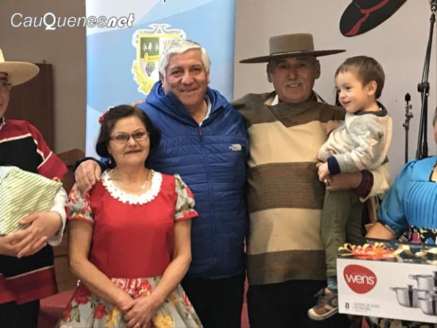 representante cueca 2017 adulto mayor 02-cqnet