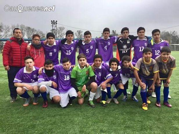 Futbol Liceo Bicentenario hombres campeon 2017 daem 01-cqnet