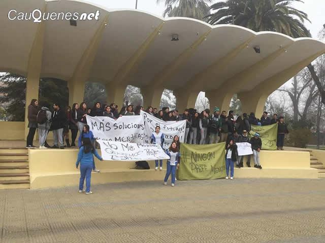 Liceo nuestra Señora de las mercedes se moviliza 03-cqnet