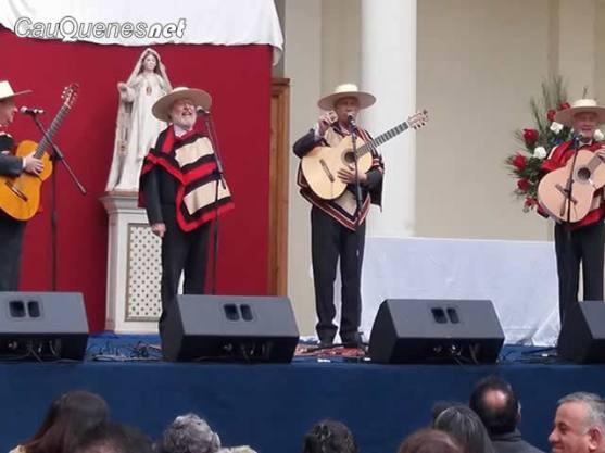 Huasos de algarrobal cantan a la virgen de las mercedes cauquenes 01-cqnet