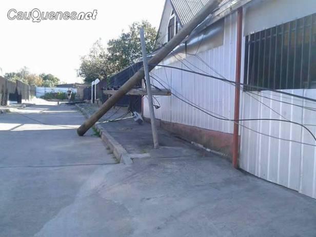 botan poste en calle general lagos 10oct17 01-cqnet