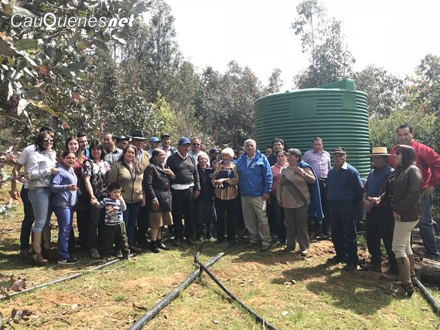 Pichihuedque agua para 35 familias 02-cqnet