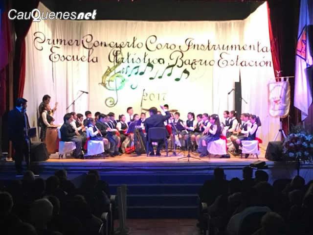 Coro escuela artistica Barrio Estación Cauquenes 01-cqnet
