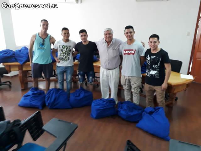 Gendarmeria aspirantes 2018 reciben ayuda de muni cauquenes 01-cqcl