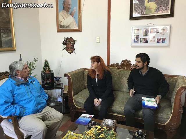 Seremis de Gobierno se reúnen con alcalde de Cauquenes para fomentar iniciativas en conjunto