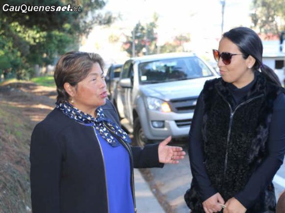 alcaldesa pelluhue y seremi salud curanipe 03-cqcl