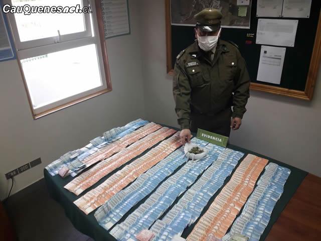 Carabineros Cauquenes detiene a sujeto con marihuana y 9 millones 100418 01-cqcl
