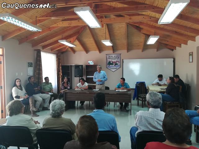 Gobernador Vignolo en Cancha los Huevos 01-cqcl