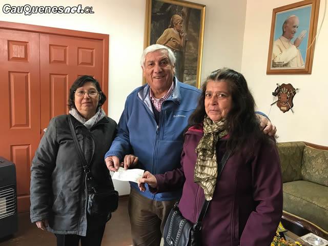 Apoderados Escuela Horizonte reciben subvencion para hipoterapia 01-cqcl