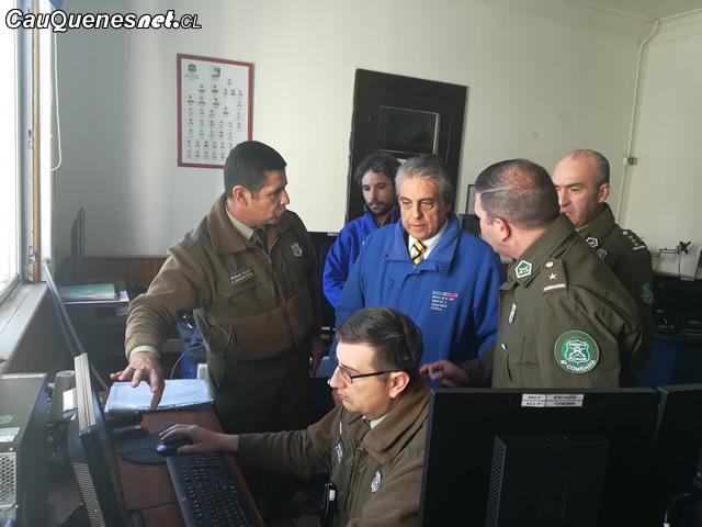 Gobernador Vignolo en STOP y CENCO carabineros 01-cqcl
