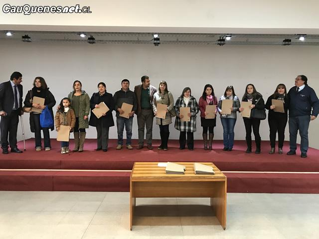 Municipio entrega 120 becas 2018 educ superior 01-cqcl