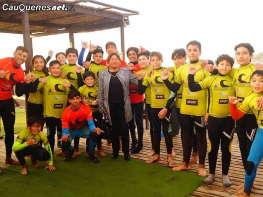 Surf liceo pelluhue 01-cqcl