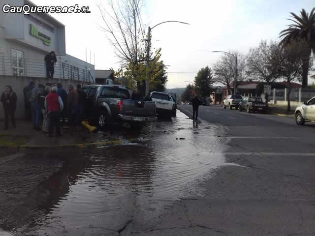 Cauquenes: Dos vehículos colisionan en Claudina Urrutia con O´Higgins