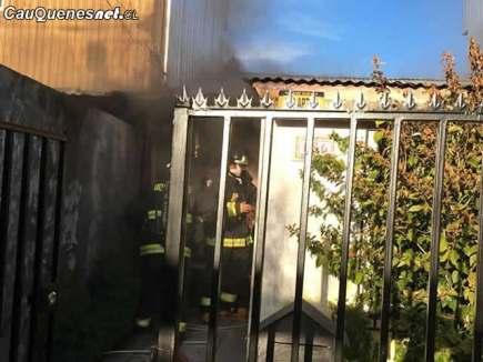 Incendio Mercedes del Rio 130618 01-cqcl