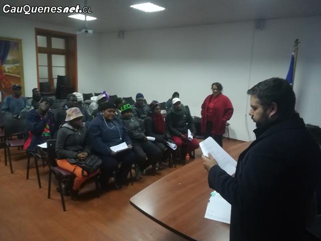 Gobernador Ruiz en reunion con migrantes 01-cqcl