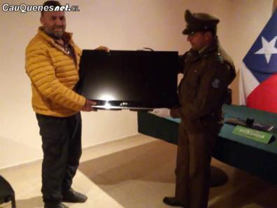 Carabineros de chanco devueklve articulos robados 200818 01-cqcl