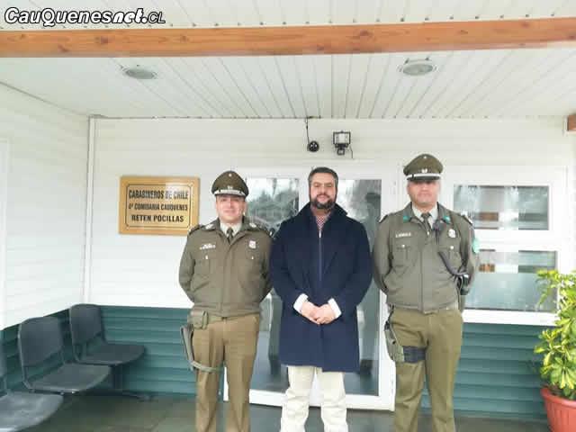 Gobernador de Cauquenes visitó Retén de Carabineros de Pocillas
