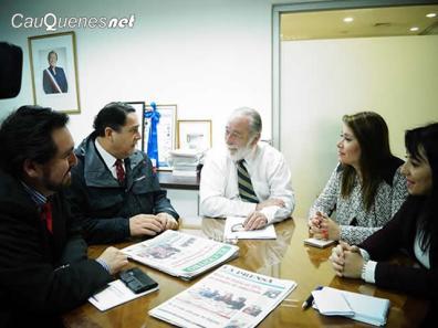 Intendente Pablo Meza y gobernadores del Maule 01-cqnet