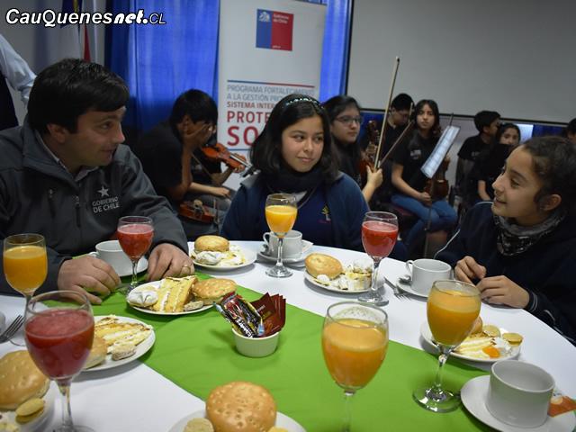 Gobierno beneficia a mil alumnos con el Bono Logro Escolar en la provincia de Cauquenes