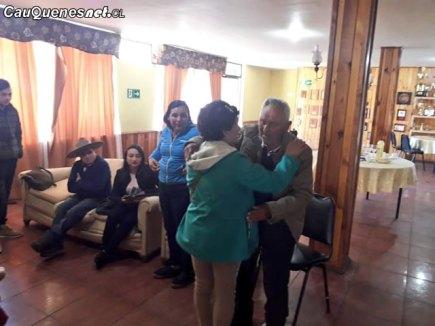 Carabineros cauquenes reencuentro familiar Cipriano Espinosa e hija 201018 01-cqcl
