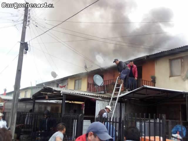 Incendio afectó a 5 viviendas de la Villa Esperanza de Cauquenes