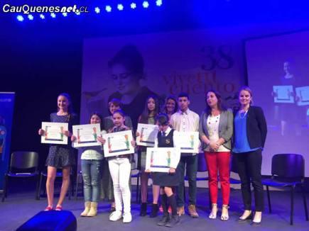 Alumnos de Escuela Blanco Encalada premiados por onu unicef 03-cqcl