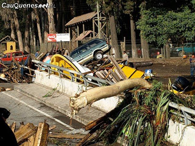 Tsunami Curanipe 27F 01-cqcl