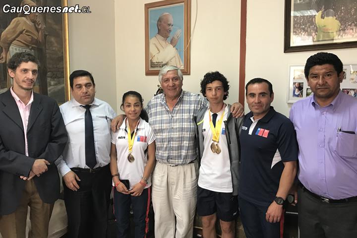 Cauqueninos medallistas en sudamericano escolar de Perú fueron recibidos en el municipio