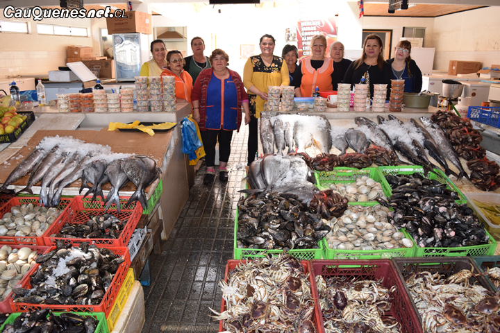 ¡Atención turista! Lo mejor del mar maulino lo espera en el Mercado de Pelluhue