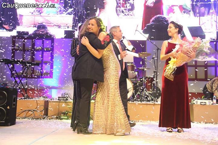 Con nueva reina y el humor de Melón y Melame finaliza el Festival de Chanco