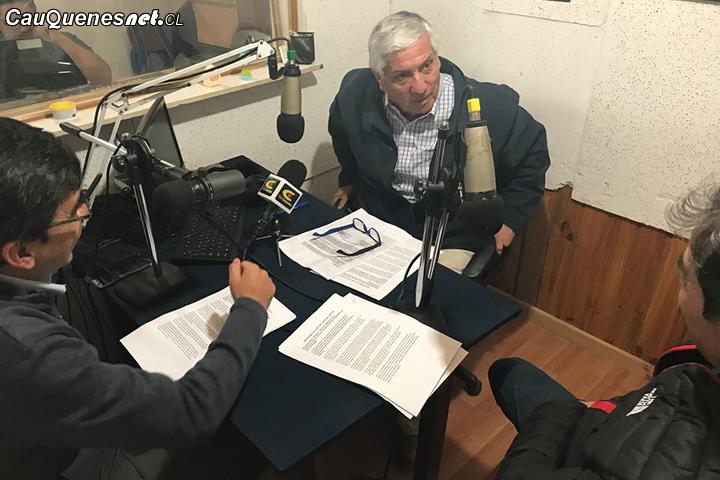 """Alcalde de Cauquenes califica como """"ilegal"""" las consultas ciudadanas desarrolladas por 225 municipios del país"""