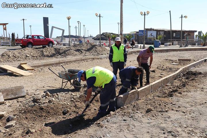 Parten trabajos de pavimentación de Costanera de Curanipe