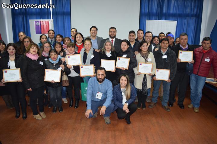 Una treintena de ex trabajadores de la Cajonera de Cauquenes se reconvierten laboralmente con el apoyo de Fosis