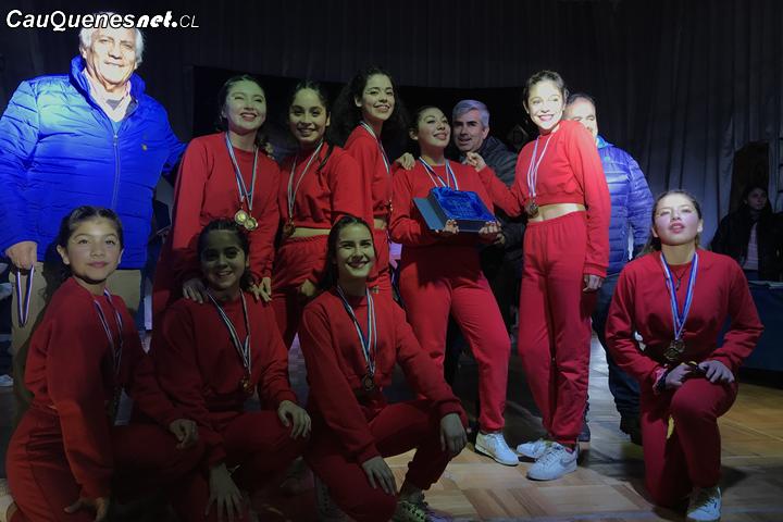 Colegio de Cauquenes participaron del cuarto encuentro de Urban Dance