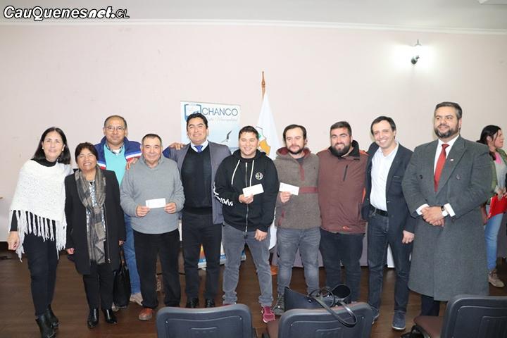 En Pelluhue se entregaron recursos para organizaciones deportivas