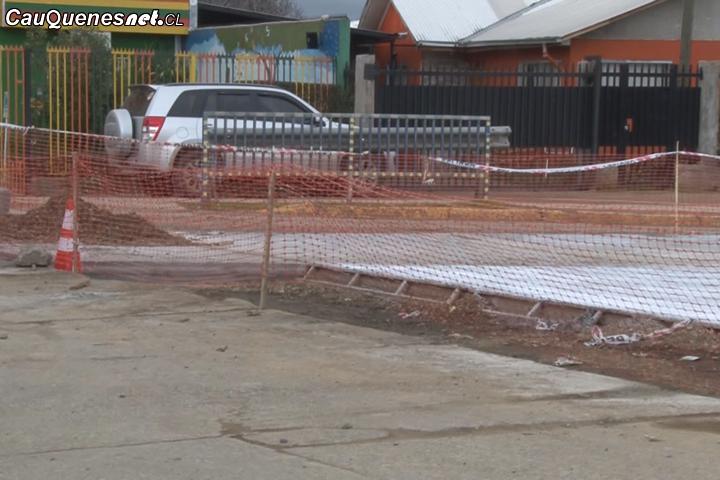 Cauquenes: Un 45% de avance presentan los trabajos de reparación de calles y veredas en el Barrio Estación