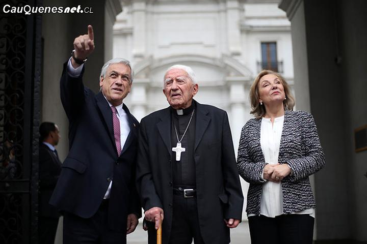 Obispo Bernardino Piñera, tío del Presidente de la República, es acusado de abuso sexual