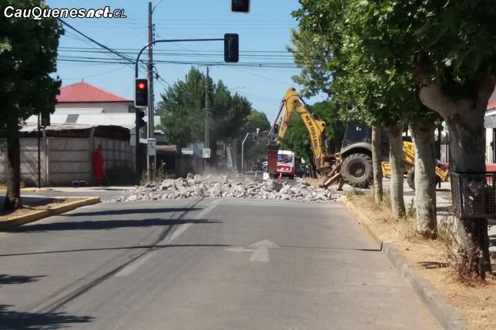 Municipio asegura que trabajos de pavimentación de calles y veredas siguen avanzando en Cauquenes