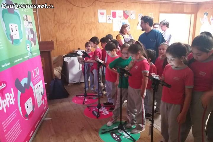 Uppa: La primera aplicación que enseña ciencias de forma inclusiva a niños y niñas del país estuvo en Cauquenes