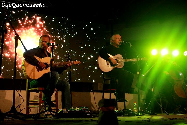 Fernando Ubiergo cantó a los enamorados de Pelluhue