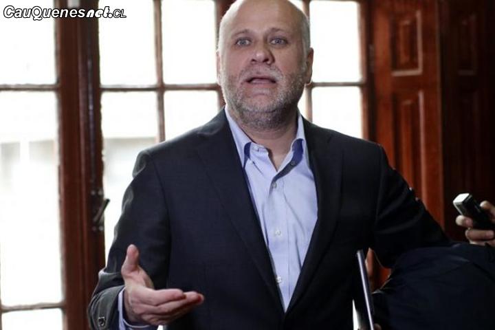"""Senador Elizalde denuncia demora """"inaceptable"""" de las autoridades en relación a exámenes de Covid-19 en Linares"""