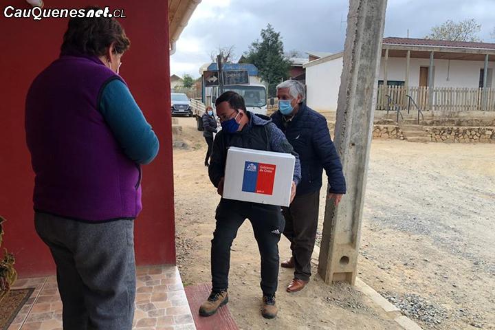 #Cauquenes: En Sauzal comenzó la entrega de cajas de alimentos financiadas por el Gobierno