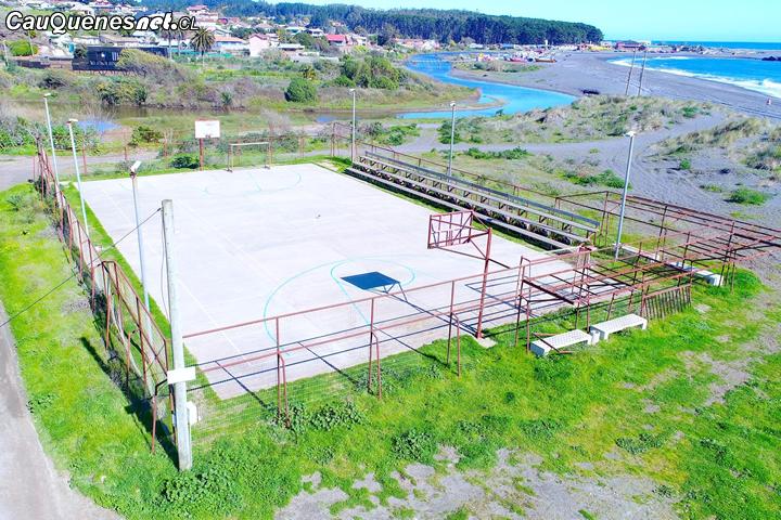 #Pelluhue: Cancha de Villa Lourdes contará con pasto sintético
