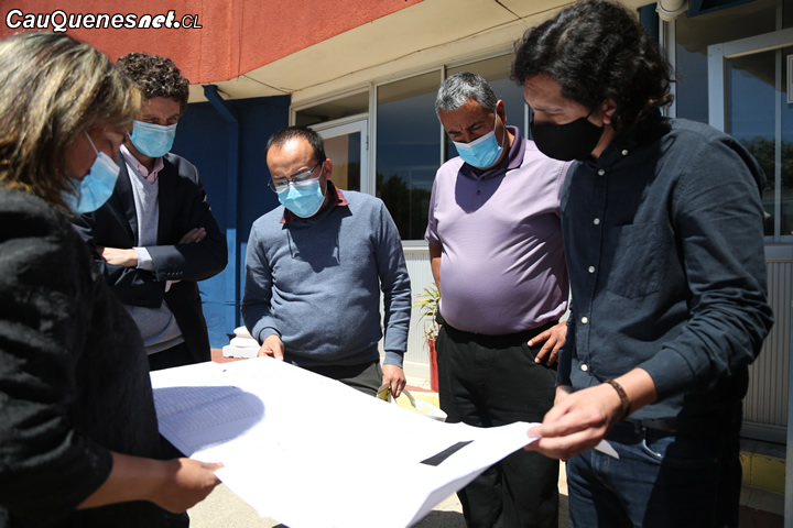 Liceo Politécnico de Cauquenes es visitado por arquitecto del MOP por proyecto Sello