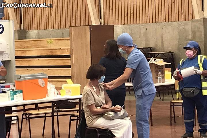 Comenzó inoculación de segunda dosis de vacuna contra el Covid-19 en Cauquenes