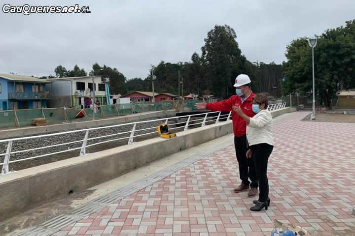 Titular del MOP recorrió obras de mejoramiento del borde costero de #Curanipe