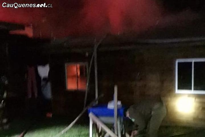 Incendio afectó a vivienda en #Chanco