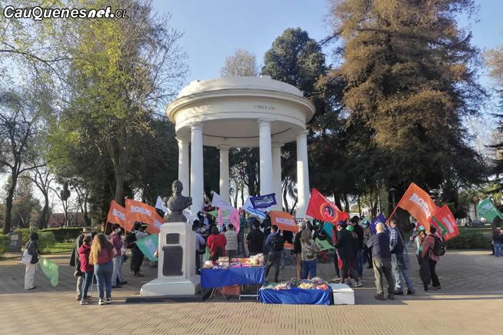 Comando de Gabriel Boric le da el vamos a la campaña con banderazo en plaza de Linares
