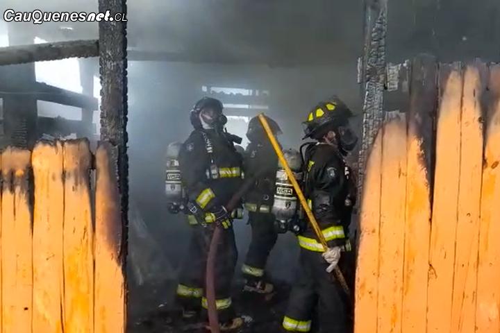 #Cauquenes: Incendio en Almirante Latorre deja a cuatro personas damnificadas